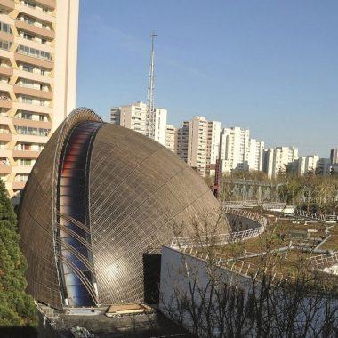 La première cathédrale construite au XXIe siècle