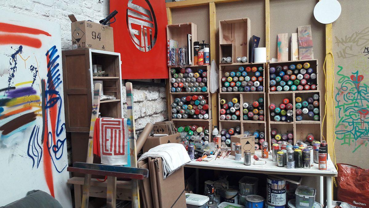 Visite de l'atelier street art de Stew