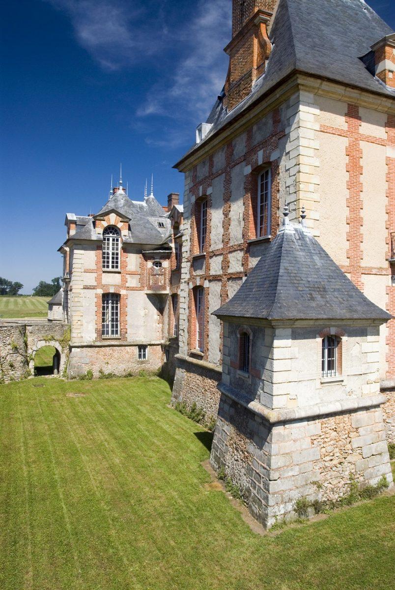 douves jardin chateau grosbois boissy saint leger
