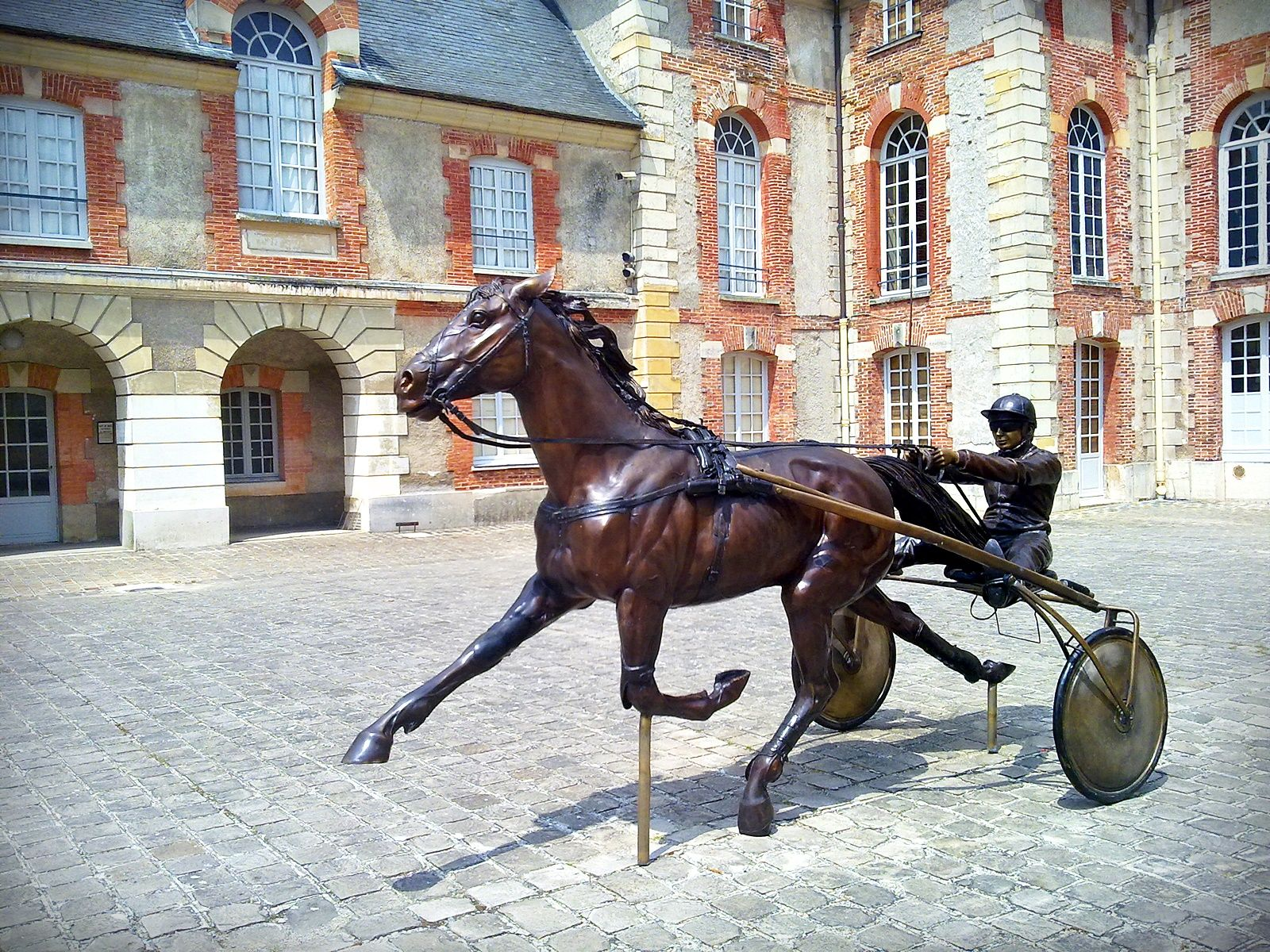 statue musee trot cheval chateau grosbois