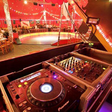 Où danser et faire la fête la nuit près de Paris