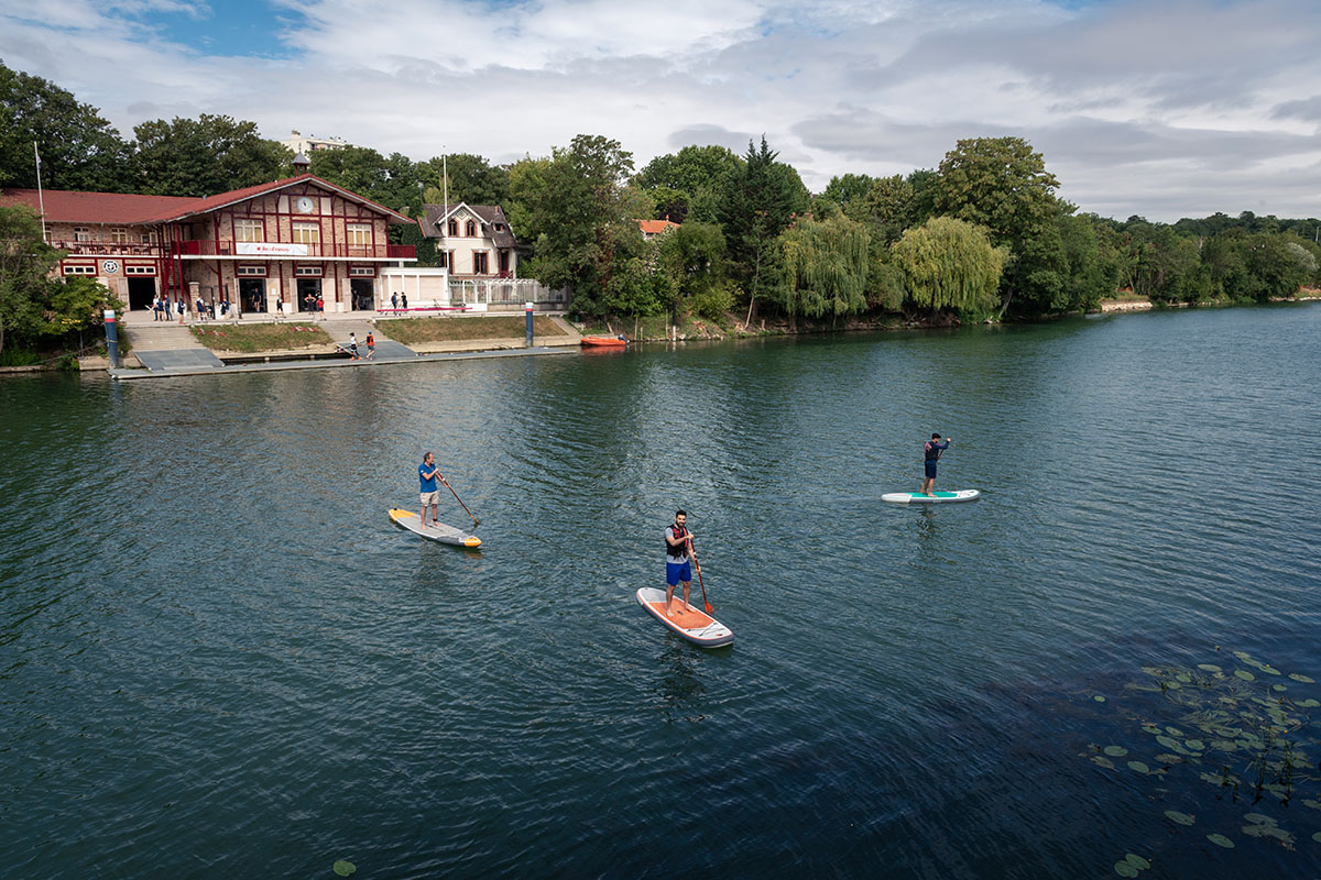 Stand-up paddle à Joinville-le-Pont