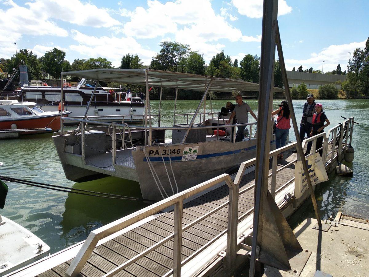 Passeur de rives sur la Marne