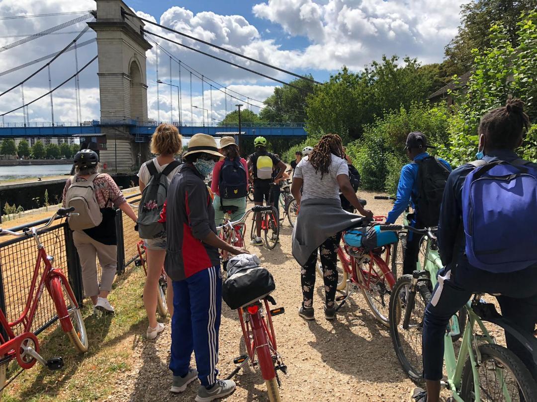 Balade à vélo avec la Cour Cyclette ©CDT94/P. Couedelo