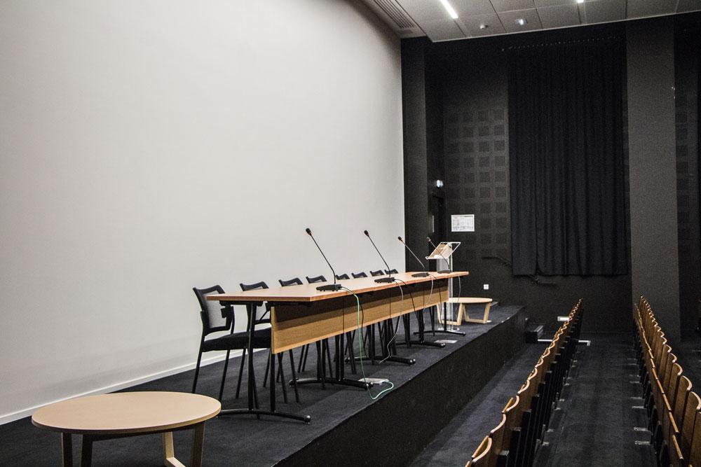 Auditorium-2-web