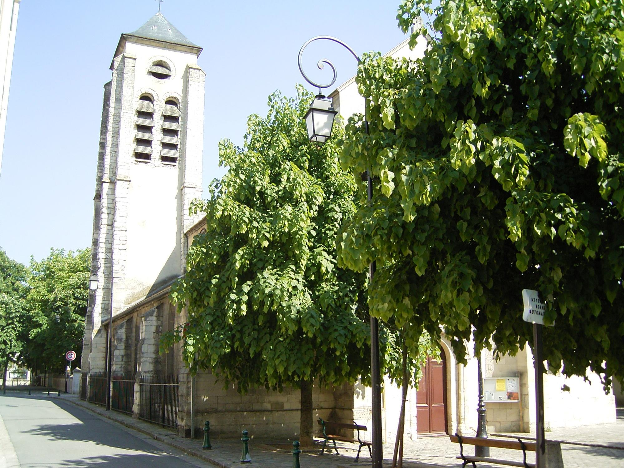 Champigny-eglise-Saturnin