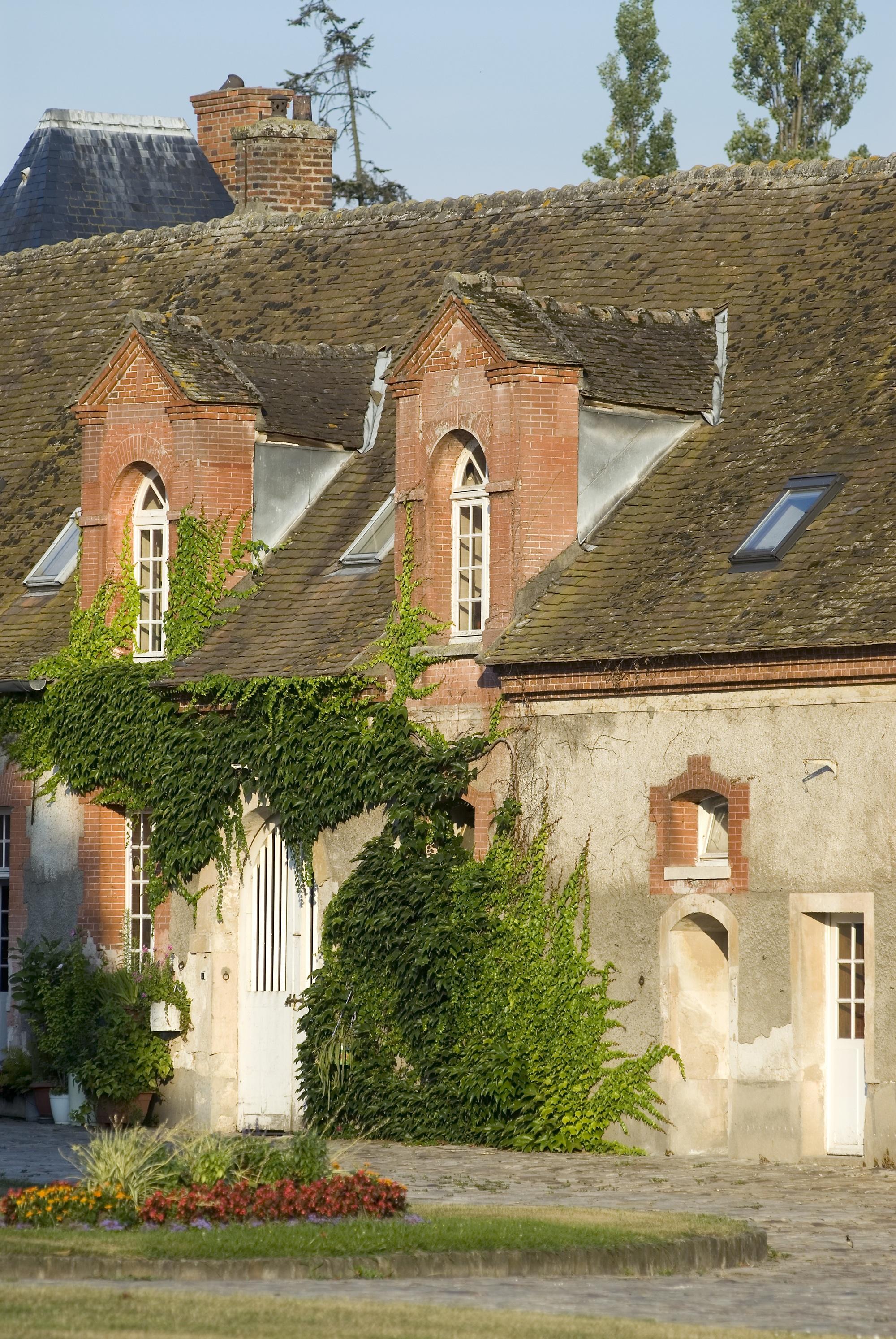 Chateau-Grosbois–12–01
