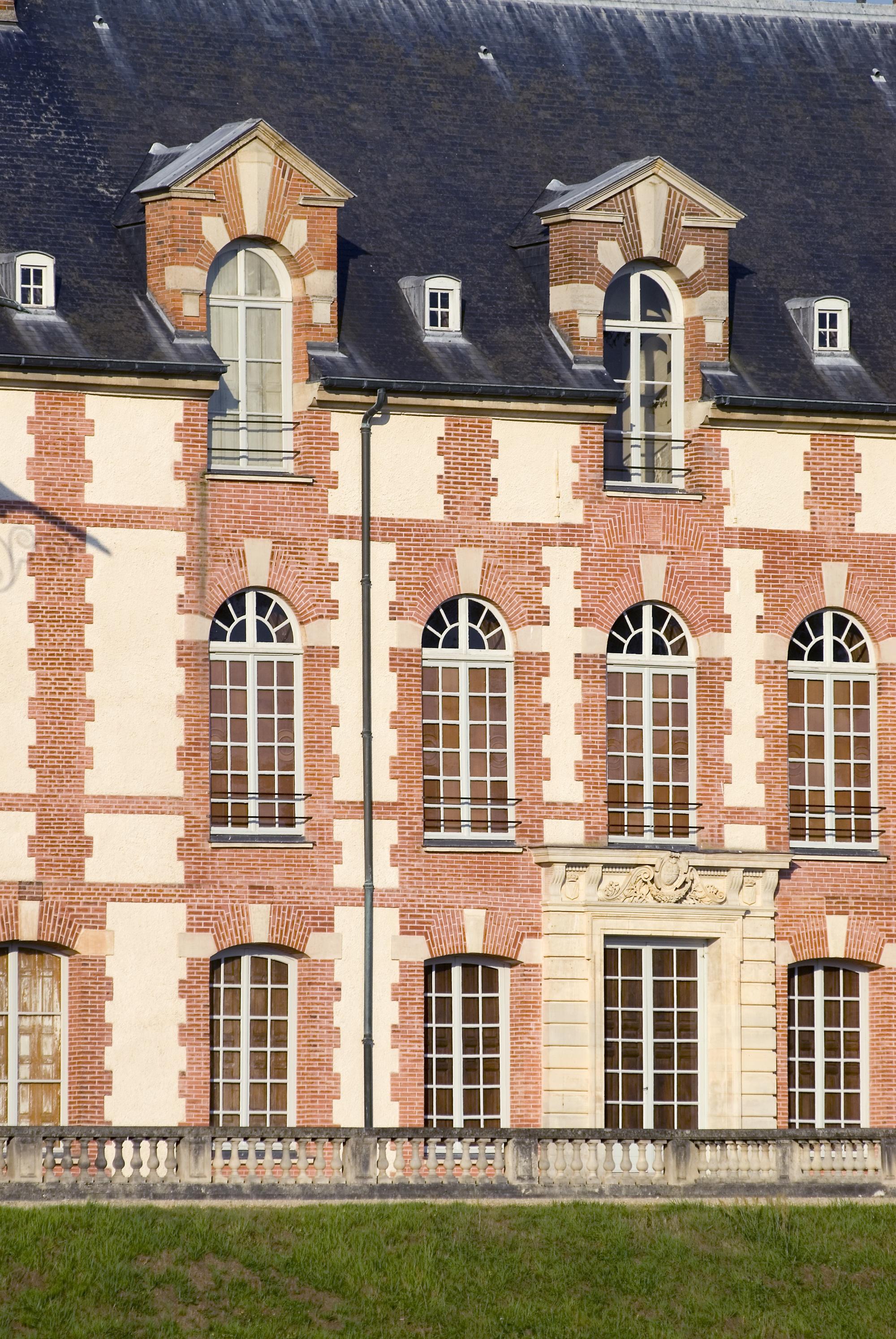 Chateau-Grosbois–39–01