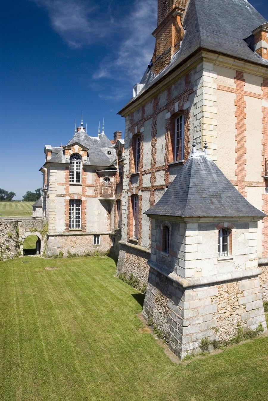 Chateau-Grosbois-17