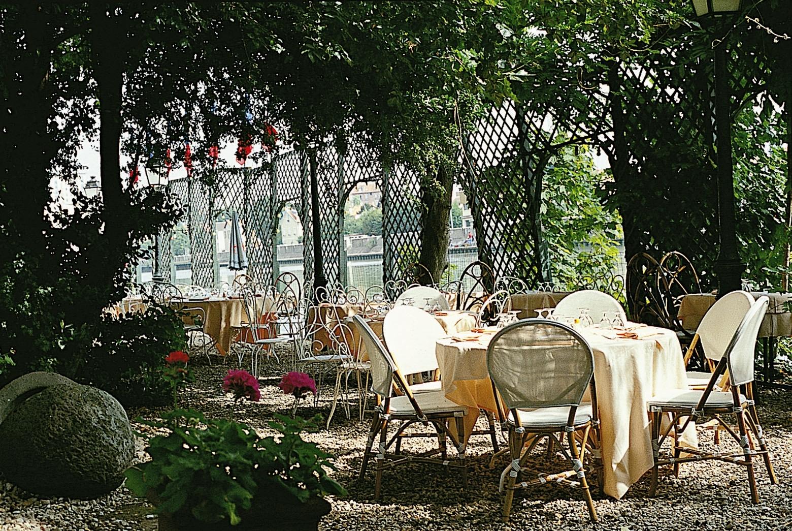 Domaine-sainte-Catherine-terrasse-Marne