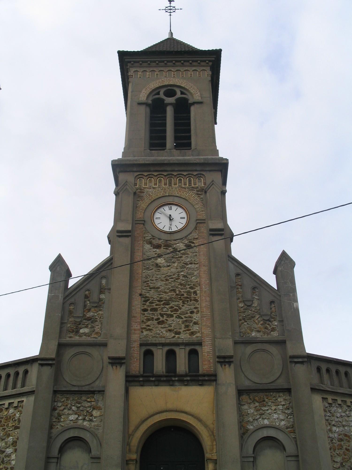 EGLISE SAINT-PIERRE SAINT-PAUL À VILLENEUVE-LE-ROI