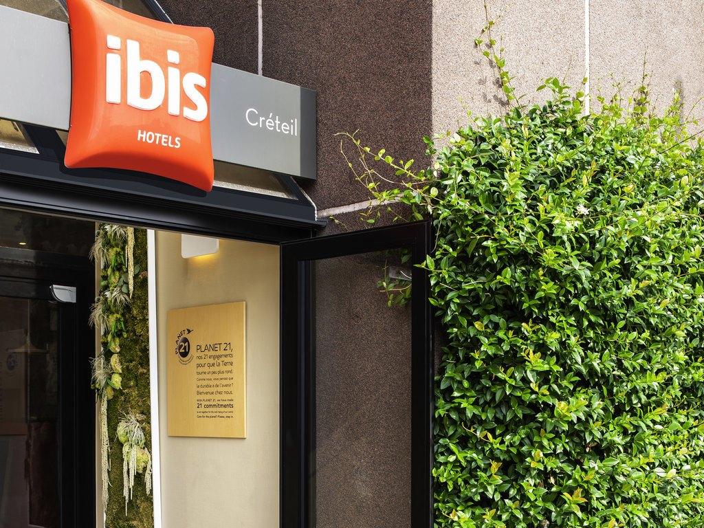 Ibis-Creteil