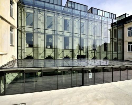 Mediatheque-de-larchitecture-et-du-patrimoine-1