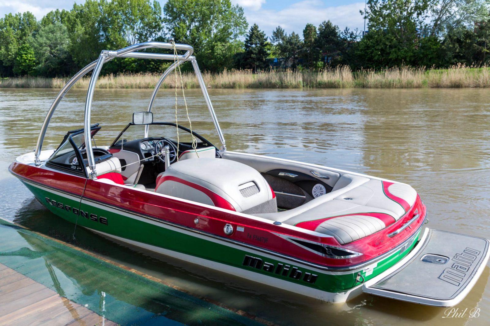 Nouveau-bateau-de-Ski