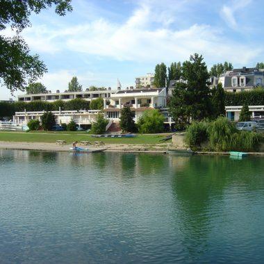LES GUINGUETTES : PARCOURS À CHAMPIGNY-SUR-MARNE ET JOINVILLE-LE-PONT