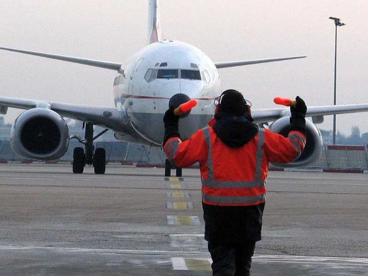 Transfert-aeroport-orly-02-credit-photo–chauffeurs-services
