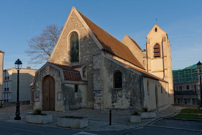 Villeneuve-le-Roi—eglise-Saint-Pierre-Saint-Paul-copyright-Wikipedia-Marc-Pernot