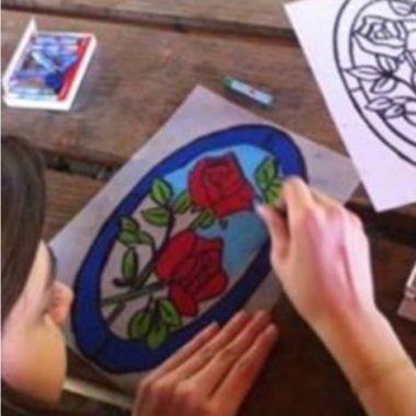 Atelier virtuel pour enfant : Le vitrail