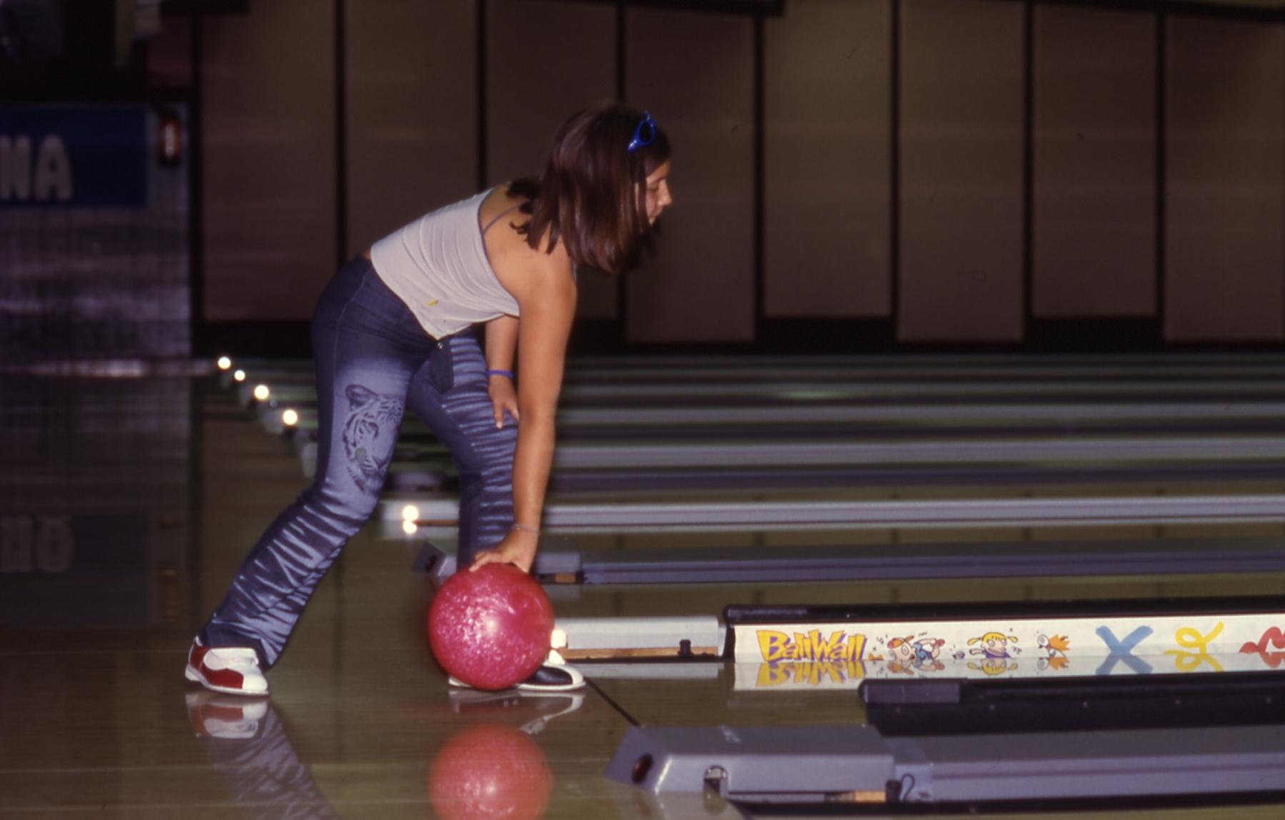 bowling-Matene–3–03