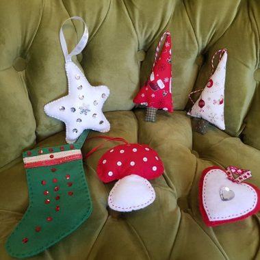 Décorations de Noël en Tissu au Catufé