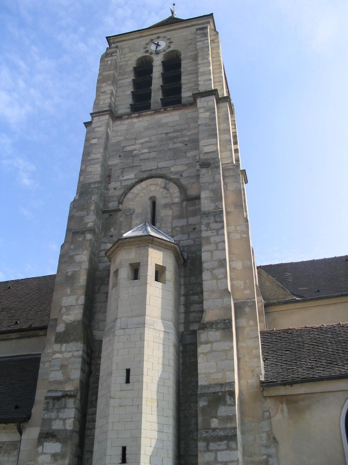 EGLISE SAINT-PIERRE SAINT-PAUL À IVRY-SUR-SEINE