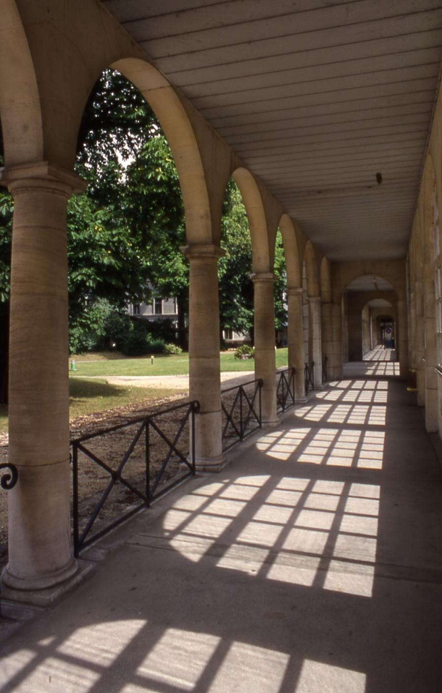 hopital-Charles-Foix-3