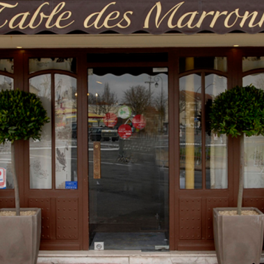 LA TABLE DES MARRONNIERS