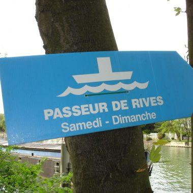 LE PASSEUR DE RIVE (SEINE)