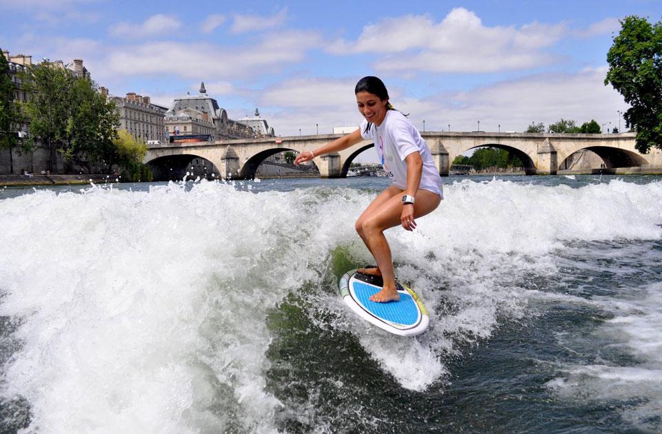 surfer-sur-la-seine-paris-960×630